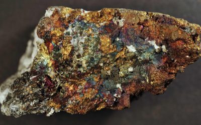 Solvometallurgical process for extraction of copper from sulphidic ore minerals